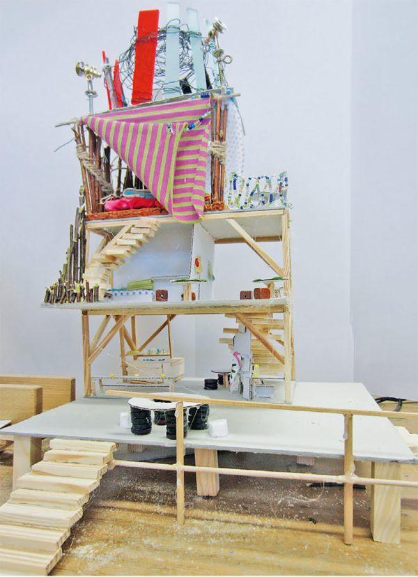 "T-Raum Modell (Immagine: Lehrmittel ""Bauten, Städte, Landschaften"")"